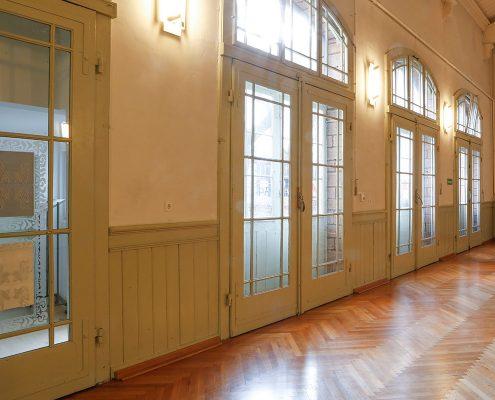 Alte Turnhalle ist ein Mehrzweckraum mit angeschlossener Küche