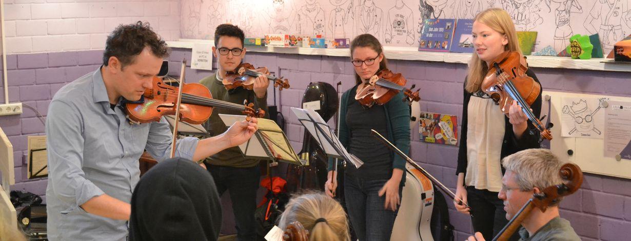 Ein voller Erfolg war das Kofferkonzert der Berliner Philharmoniker im Jugendtreff Rebland, das den begeisterten Besuchern noch lange in Erinnerung bleiben wird.